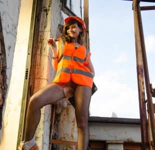 jeny-smith-construction-fishnets_08
