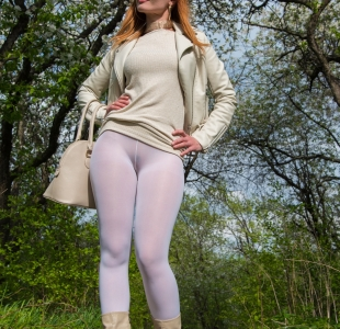 jeny-smith-white-leggings_02