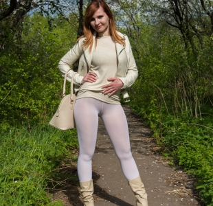 jeny-smith-white-leggings_03