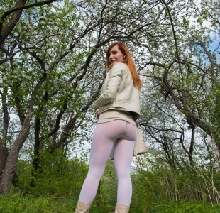 jeny-smith-white-leggings_06