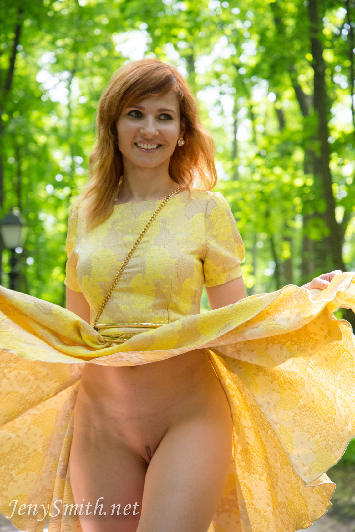 jeny-smith-yellow-dress_06