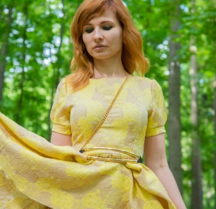 jeny-smith-yellow-dress_01