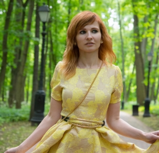 jeny-smith-yellow-dress_02