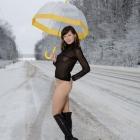 jeny-smith-yellow-umbrella_08.jpg